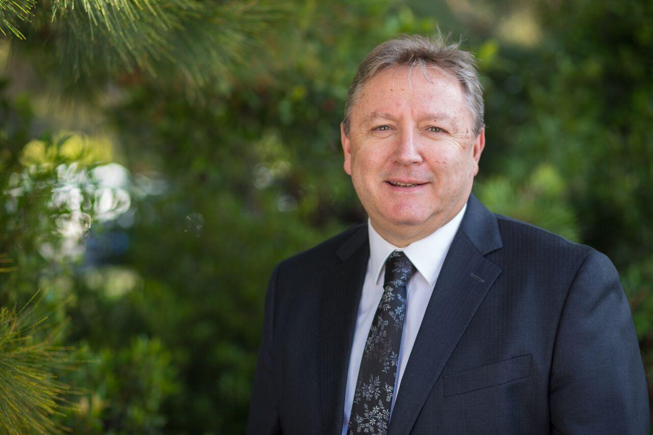 Warren Lowlett